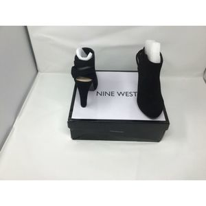 Nine West Womens Black 5.5 sued with straps heel